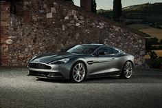 Aston Martin Vanquish Los autos más atractivos del momento