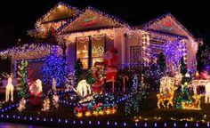 Das ganze Haus in Licht zu hüllen muss gut geplant und strategisch umgesetzt werden -  Kitsch oder Kunst? Alle Jahre wieder stellt sich die Frage nach der richtigen Menge und Art der Weihnachtsbeleuchtung in Haus und Garten. Dabei ist vieles erlaubt, aber nicht alles zu empfehlen.