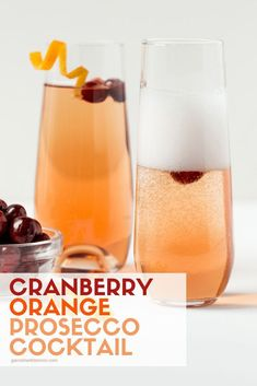 Cranberry Orange Prosecco Cocktail - A Seasonal Twist for a Mimosa Who can say no to bubbles? With this easy Cranberry Orange Prosecco Cocktail, you'll have that little special something your holiday bar menu needs to toast your friends and family. Sangria, Prosecco Cocktails, Easy Cocktails, Cocktail Drinks, Fun Drinks, Yummy Drinks, Beverages, Cocktail Recipes, Frozen Cocktails