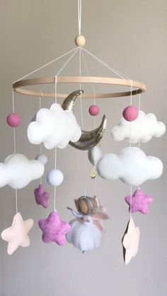 Baby Room Diy, Baby Room Decor, Nursery Decor, Clay Christmas Decorations, Craft From Waste Material, Pom Pom Baby, Diy Pillow Covers, Felt Baby, Basket Decoration