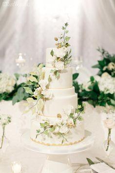 Five-Tier Garden Wedding Cake Wedding Arch Flowers, Wedding Ceremony Arch, Wedding Aisle Decorations, Wedding Cakes With Flowers, Beautiful Wedding Cakes, Floral Wedding, Sweet Table Wedding, Wedding Sweets, Wedding Cupcakes
