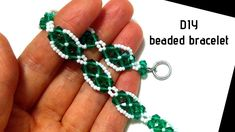 seed bead bracelet patterns for beginners Beaded Bracelets Tutorial, Diy Bracelets Easy, Beaded Bracelet Patterns, Seed Bead Patterns, Seed Bead Bracelets, Loom Bracelets, Macrame Bracelets, Beading Patterns, Diy Jewelry Set