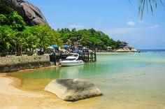 Chalok Baan Kao Beach, Koh Tao- All Beach Front Resorts, Bungalows, Thailand Beach Tops, Destin Beach, Koh Tao, Small Island, Beach Hotels, Southeast Asia, Kos, Places Ive Been, Thailand