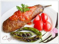Köfte Mantolu Patlıcan – Et Yemekleri – The Most Practical and Easy Recipes Turkish Recipes, Italian Recipes, Ethnic Recipes, Beef Skewers, Fish And Meat, Fresh Fruits And Vegetables, Arabic Food, Iftar, Breakfast Recipes
