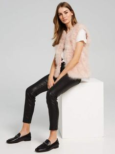 Shop the latest women's jackets at Portmans for work or the weekend. From trench coats and leather jackets, to blazers and coats. Jackets Online, Puffer Jackets, Faux Fur, Fur Coat, Jackets For Women, Leather Jacket, Blazer, Chic, Vests