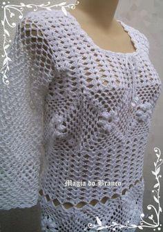 Peça confeccionada em linha de algodão na cor branca, Tam: G , podendo ser elaborada em outras cores, nos TAM. P,M,G.
