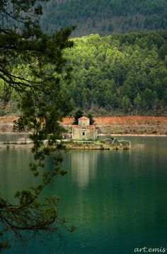 Chapel in the middle of lake Doxa, Peloponnese Cathedral Basilica, Cathedral Church, Impossible Dream, Greek Islands, Greece, Beautiful Places, Paradise, Around The Worlds, Water