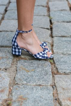 Gingham style from trendy to timeless love gingham outfits check out these ginham style pieces ginham shorts gingham dresses gingham shoes gingham tops gingham outfits summer gingham accessories preppy gingham preppy outfits preppy style tre big coat Pretty Shoes, Cute Shoes, Me Too Shoes, Women's Shoes, Dress Shoes, Gingham Shoes, Gingham Dress, Style Preppy, My Style