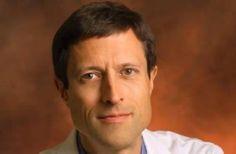 Neal Barnard gehört zu den führenden Ärzten und Wissenschaftlern, die sich mit den Auswirkungen unserer Ernährung auf die Gesundheit beschäftigen. Er ist Mitbegründer des Physicians Committee for Responsible Medicine (PCRM) und ist in den USA bei den Medien ein vielgefragter Experte. Einer von Neal Barnards Vorträgen wurde vor einiger Zeit von Dirk »Theo« Reuter übersetzt und mit Untertiteln versehen. Link führt zur Seite der Albert Schweitzer Stiftung auf der der Vortrag verlinkt ist.
