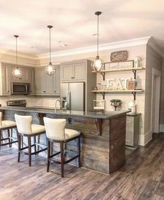Farmhouse kitchen style will be perfect idea if you want to have family gathering in your kitchen during meal time. Farmhouse Style Kitchen, Modern Farmhouse Kitchens, Farmhouse Kitchen Decor, Home Decor Kitchen, Country Kitchen, Kitchen Decorations, Kitchen Ideas, Diy Kitchen, Basement Kitchen