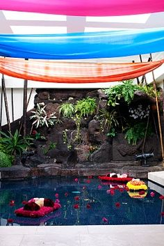 Color Block Party Pool Decor