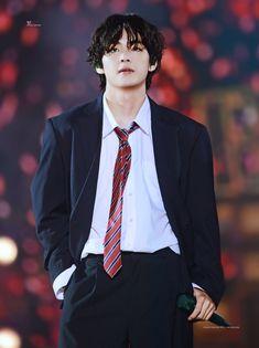 Bts Taehyung, Jimin, Kim Namjoon, Bts Bangtan Boy, Park Ji Min, Daegu, V Bts Cute, V Bts Wallpaper, Bts Lockscreen