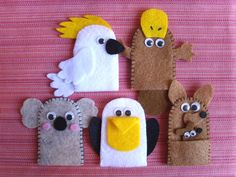 Landen - Wereld - Dieren - Australië - Ter inspiratie (alleen foto) - Australian Animal Finger Puppets - the platypus and the kangaroo Felt Puppets, Felt Finger Puppets, Hand Puppets, Sewing Projects For Kids, Crafts For Kids To Make, Art For Kids, Australian Animals, Australian Art, Christmas Decorations Australian