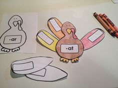 Thanksgiving Turkey Themed - Word Families activity! 72 word families. Have your students write a word that belongs to each word family on a feather and glue it to the turkey! :)