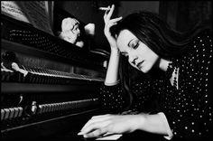 LISA MORGENSTERN: Neue Dryland Records - Künstlerin veröffentlicht erstes Video - http://www.avalost.de/825/aktuelle-news/lisa-morgenstern-neue-dryland-records-kuenstlerin-veroeffentlicht-erstes-video