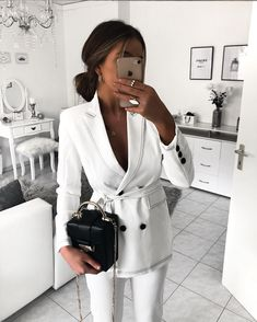 in love with suits like this♀️