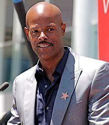 """Keenen Ivory Wayans, Sr. (born June 8, 1958) is an American actor, comedian, director and writer known as the host and creator of the Fox sketch comedy series In Living Color. Wayans is the director/creator of Scary Movie, the highest grossing movie ever directed by an African American.  My favorite, """"I'm Gonna Git You Sucka""""."""