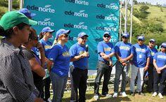 """Publicada el 29 de octubre de 2013 Revista El Cañero: Empleados EDENORTE """"Siembran energía para el futur..."""