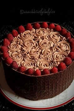 Dark Chocolate Cake with Raspberry Mousse and Chocolate Cream Raspberry Mousse, Chocolate Raspberry Cake, Chocolate Sponge Cake, Chocolate Mousse Cake, Dark Chocolate Cakes, Chocolate Cream, Romanian Desserts, Sponge Cake Recipes, Cinnamon Recipes