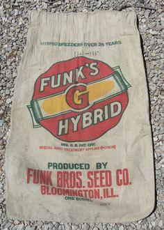 Funks G Breeder for over 26 years Bloomington, Illinois Funk Bros, Bloomington Illinois, Paper Sack, Feed Bags, Vintage Packaging, Grain Sack, Mark Making, Vintage Advertisements, Snack Recipes