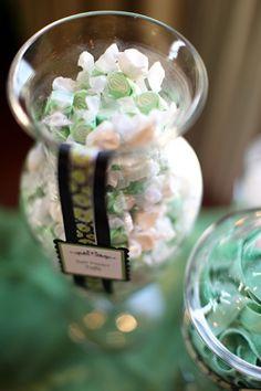 Salt water taffy for wedding