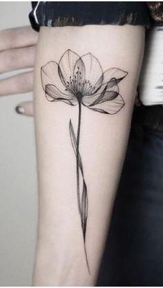 Tattoo rücken – foot tattoos for women Unalome Tattoo, Lotusblume Tattoo, Tattoo Trend, Make Tattoo, Tattoo Flash, Classy Tattoos For Women, Tattoos For Women Flowers, Foot Tattoos For Women, Back Tattoo Women