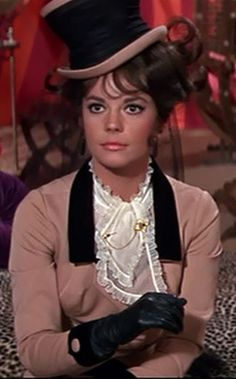 Natalie Wood as Maggie DuBois in ' The Great Race'. Description from pinterest.com. I searched for this on bing.com/images