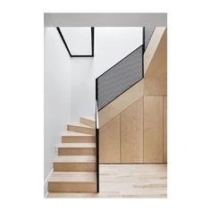 Plyspiration We love the graphic simplicity of this plywood interior, designed for a graphite pencil artist in Montréal. 📸 Adrien Williams…