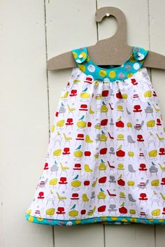Snappy Toddler Dress tutorial.  Lazy me loves not having to sew sleeves.
