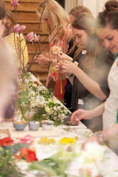 Kinfolk Flower Potluck gathering at Restored (photo - onahazymorning)