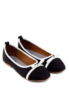 0a4933704c5 VELVET Kara Toe-Cap Flats Kara平底鞋 (HKD 139.00) Kara