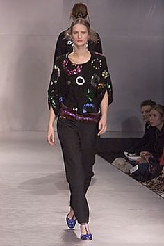 Clements Ribeiro Fall 2000 Ready-to-Wear Fashion Show