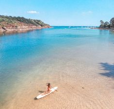 on Airbnb on the link, just click ! Road Trip, Destination Voyage, Blog Voyage, Brittany, Surfboard, Beautiful Places, Beautiful Beach, Tourism, Camping