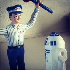 Some clogs are galactic and for that, there's Mr. Rooter!   #StarWars #humor #plumbing  via LifeOfR2D2 on Instagram