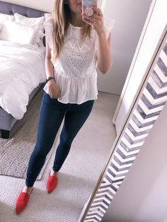 Ootd Eyelet ruffle top visions of vogue Business Casual Outfits, Office Outfits, Work Outfits, Red Flats Outfit, Friday Outfit For Work, Outfit Elegantes, Summer Outfits, Cute Outfits, Stylish Outfits