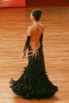 Black - exquisite dress