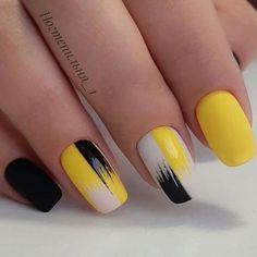 Semi-permanent varnish, false nails, patches: which manicure to choose? - My Nails Nail Polish, Gel Nail Art, Acrylic Nails, Yellow Nails Design, Yellow Nail Art, Winter Nail Designs, Nail Art Designs, Nagel Gel, Stylish Nails