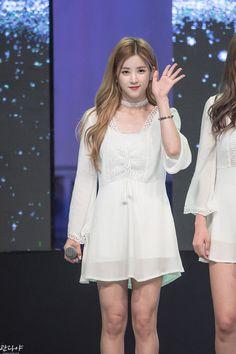 Apink - Chorong Hipster Wallpaper, Korean Music, Chanyeol, Kpop Girls, Korean Girl, White Dress, Asian, Park, Female