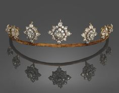 Late 19th century diamond tiara. All things considered it's probably best that I don't own this because, you know, I'd wear it all day every day.