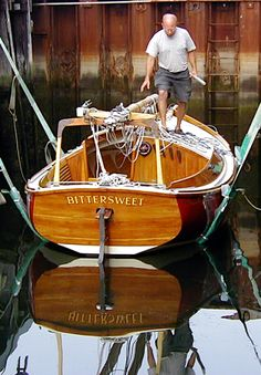BitterSweet-afloat Classic Sailing, Classic Yachts, Cool Boats, Small Boats, Yacht Design, Boat Design, Wooden Boats For Sale, Boat Stuff, Dinghy