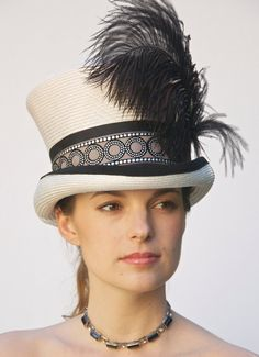 Kentucky Derby Hat. Déco d'inspiration chapeau, chapeau haut de forme, Chapelier, Black & le bonnet chapeau blanc, style victorien anglais d'équitation. Chapeau d'Ascot. Melbourne Cup Hat