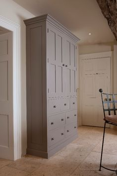 Higham Gallery | Dressers