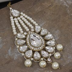 The NAZIMA HAIR JHOOMER   by Indiatrend. Shop Now at WWW.INDIATRENDSHOP.COM
