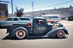 Cool lowered pick up
