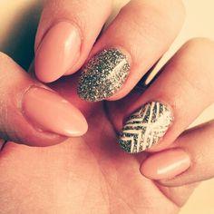 white stripes, glitter, nude, color, gold, nails