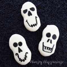 Nutter Butter Skulls How-To ~ Quick and easy Halloween Treats