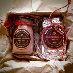 Weihnachts-Cappuccino und Knickeknacke-Knäckebrot