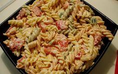 Salata sa testeninom i piletinom Cooking Recipes, Healthy Recipes, Whole 30 Recipes, Pasta Salad, Food Porn, Food And Drink, Dishes, Ethnic Recipes, Pudding