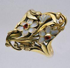 ANTOINE BRICTEUX Attrib. Art Nouveau Floral Ring. Gold & plique-a-jour enamel.  French. Circa 1900