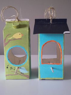 Nature Crafts – Make a Milk Carton into a Bird Feeder One of the tenets of the environmental movement is reduce, reuse, recycle, and creative reuse of items that might otherwise get thrown away is one of my favorite things. It's hard to recycle … Kids Crafts, Projects For Kids, Diy For Kids, Crafts To Make, Beach Crafts, Creative Crafts, Garden Projects, Garden Ideas, Milk Carton Crafts
